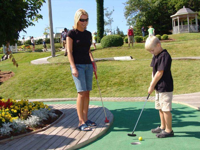 Sandspit Mini Golf