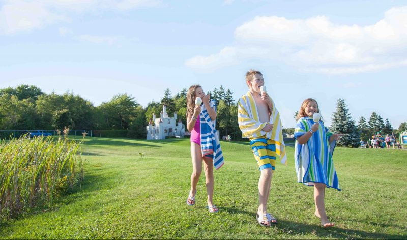 Shining Waters - Top Tips for Spending the Day at a Waterpark